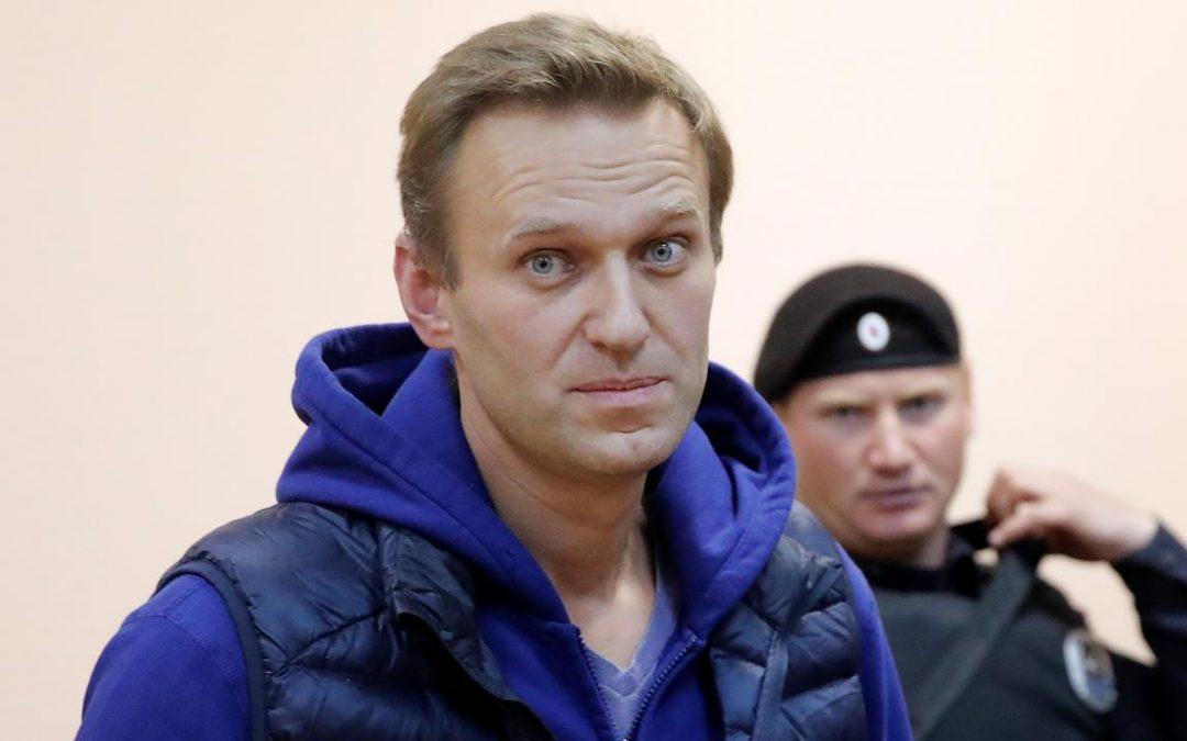 Navalny kan weer praten!